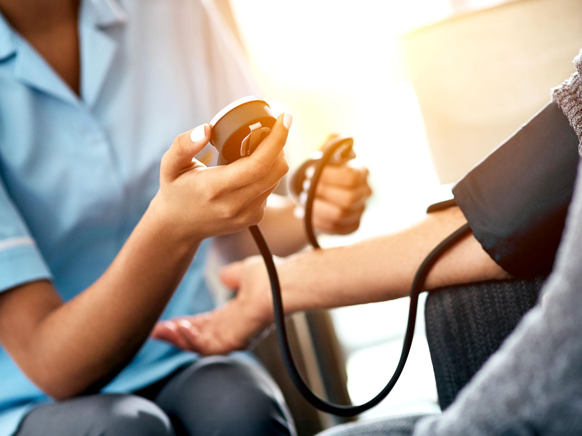 La strada verso il nuovo modello di sanità, basato su centri di coordinamento, sistemi di telemonitoraggio e teleconsulto. Il ruolo delle tecnologie digitali per la salute sarà fondamentale.